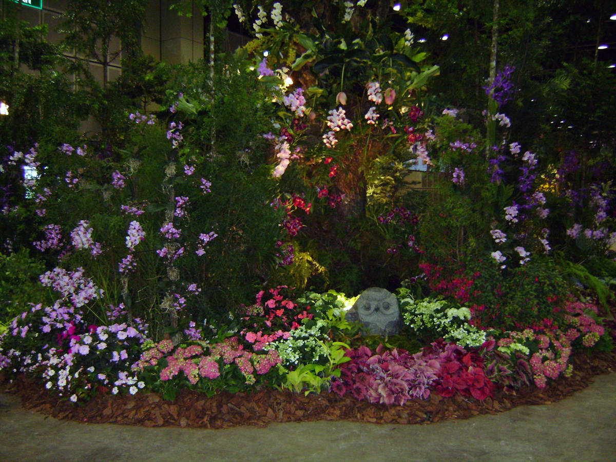 Kiat Lee Landscape - Services - Floral Display